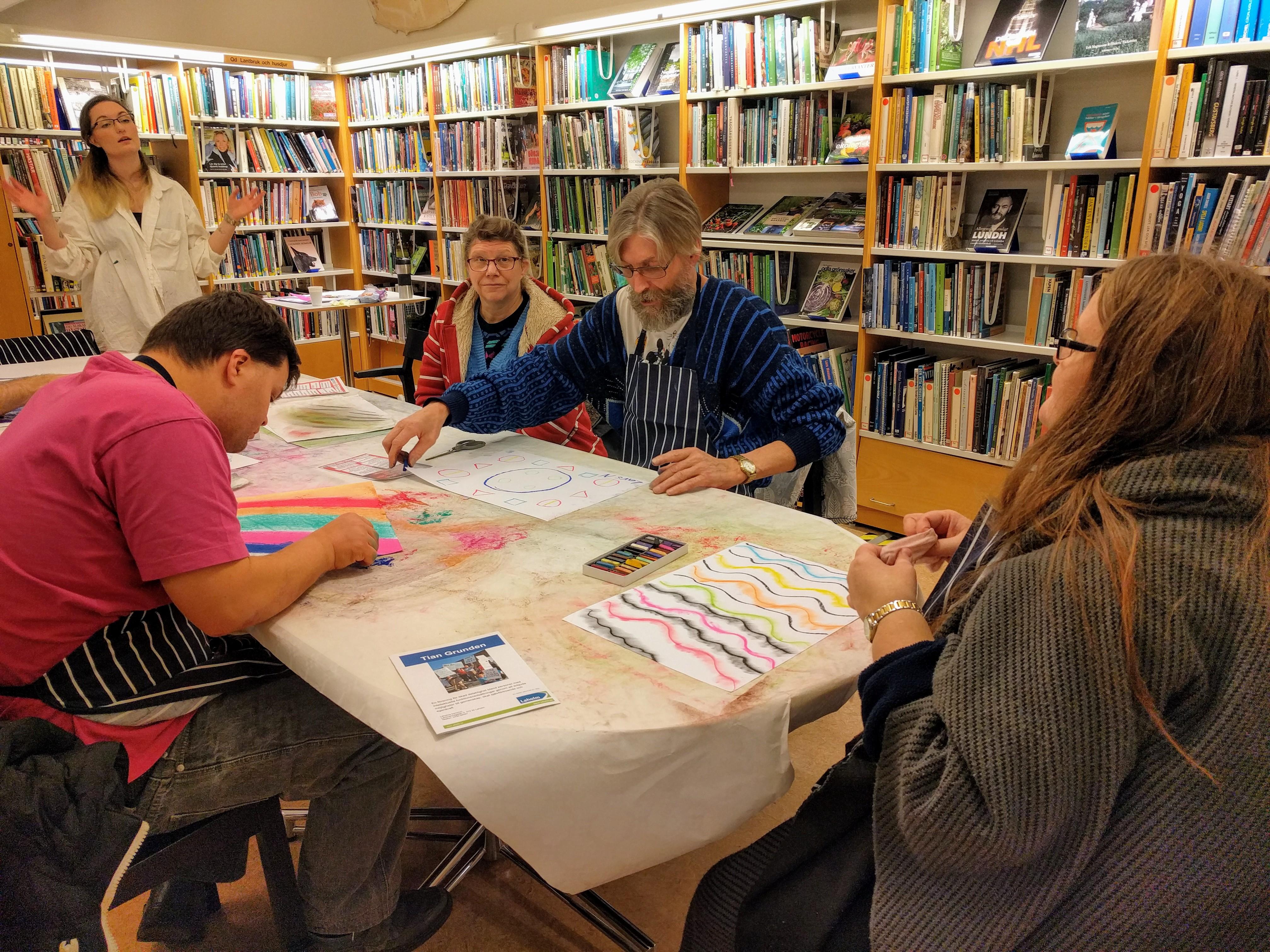 Funktionshinder Kultur Laholm Biblioteket Konst med torrpastell