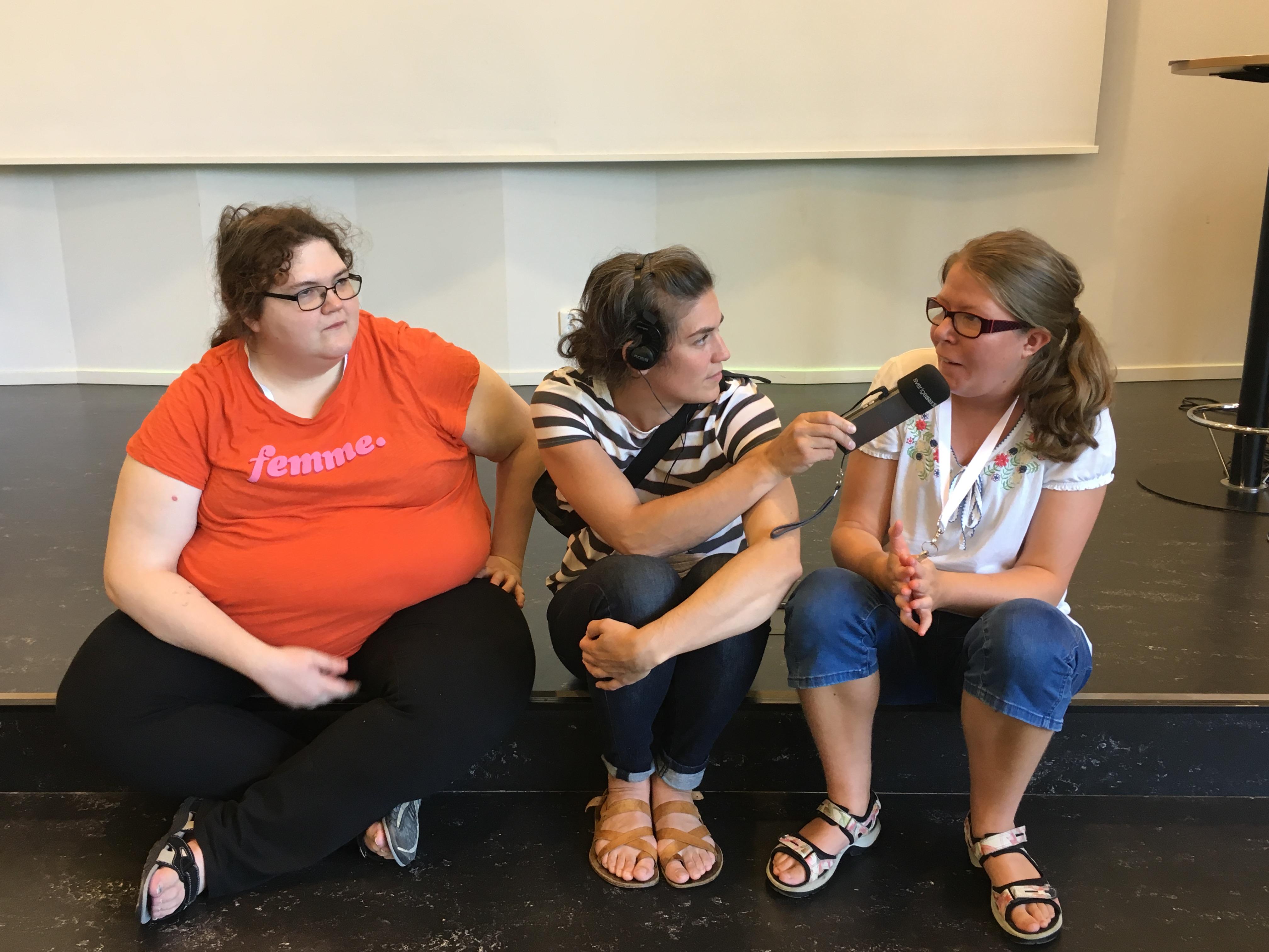 Malin och Alice träffar Sveriges Radio