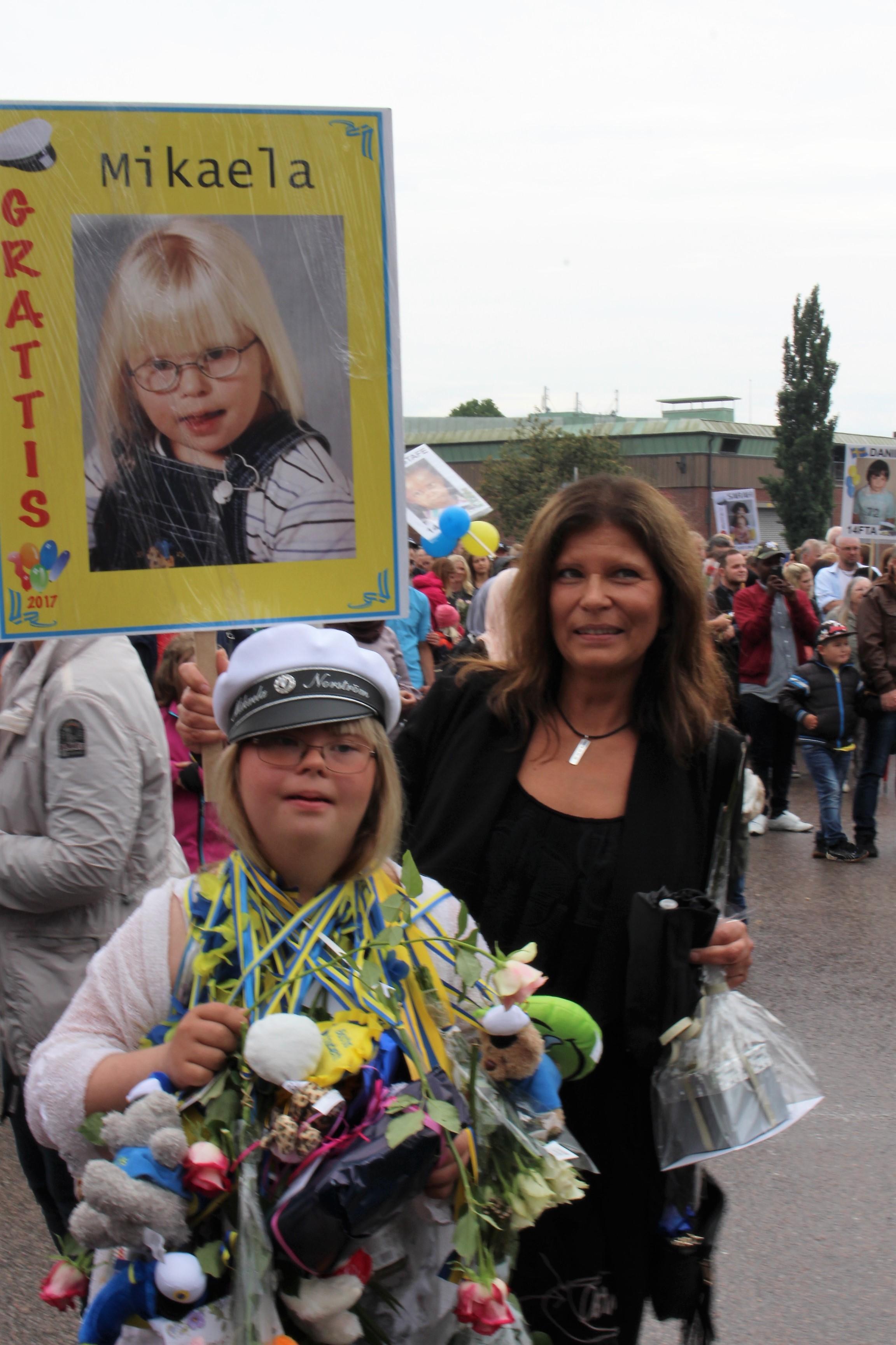 Mikaela och hennes mamma