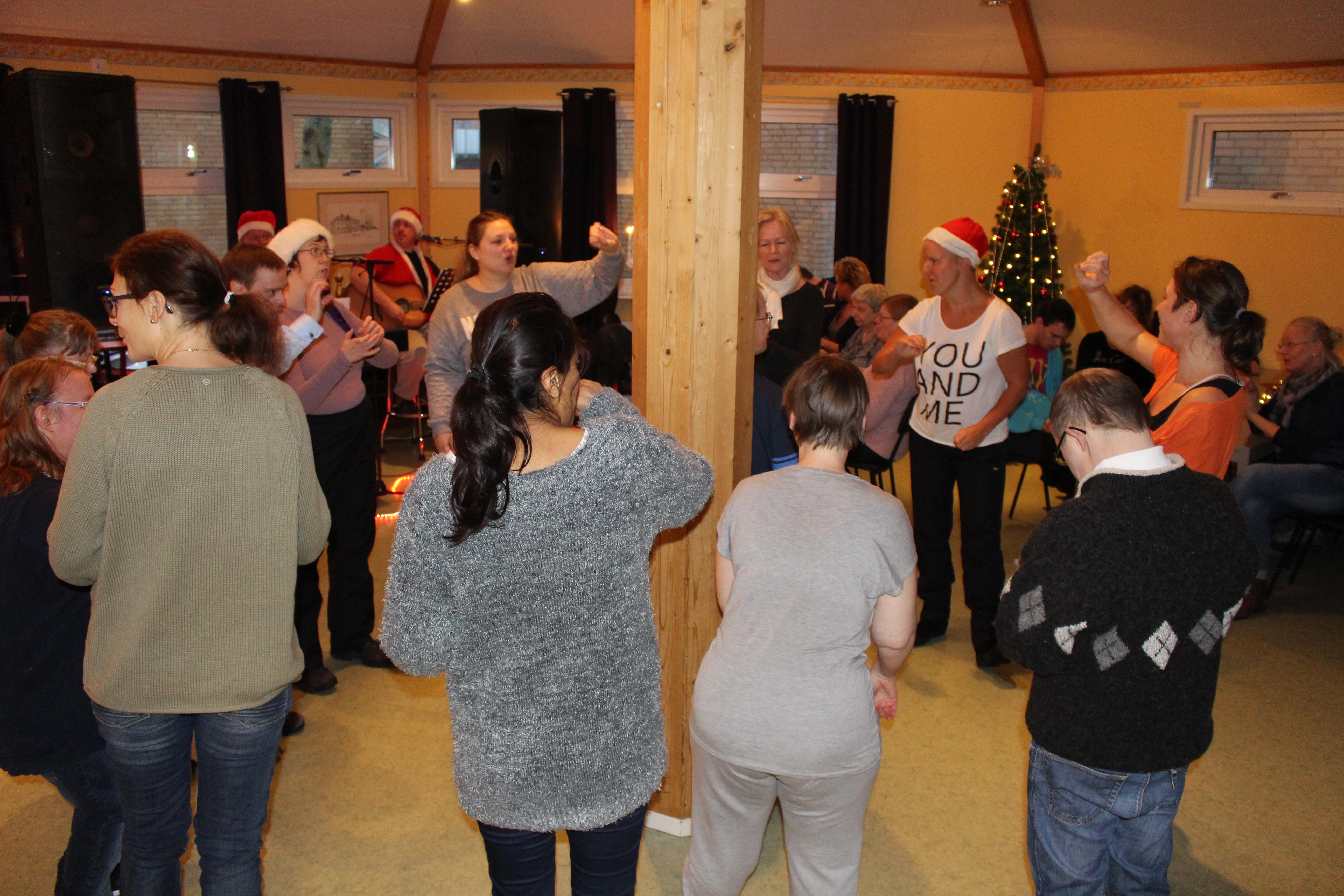Dansar ut julen