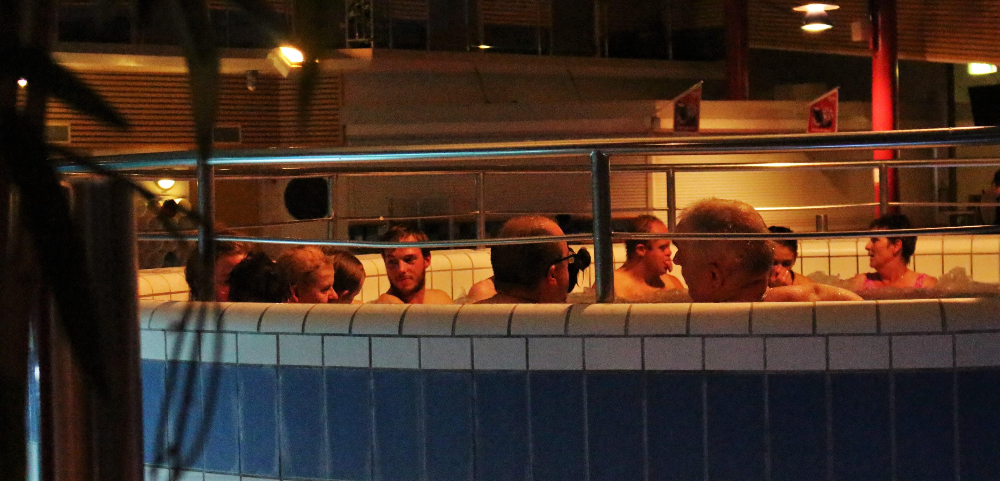 Bubbelpoolen är ett populärt ställe att bara vila sig i