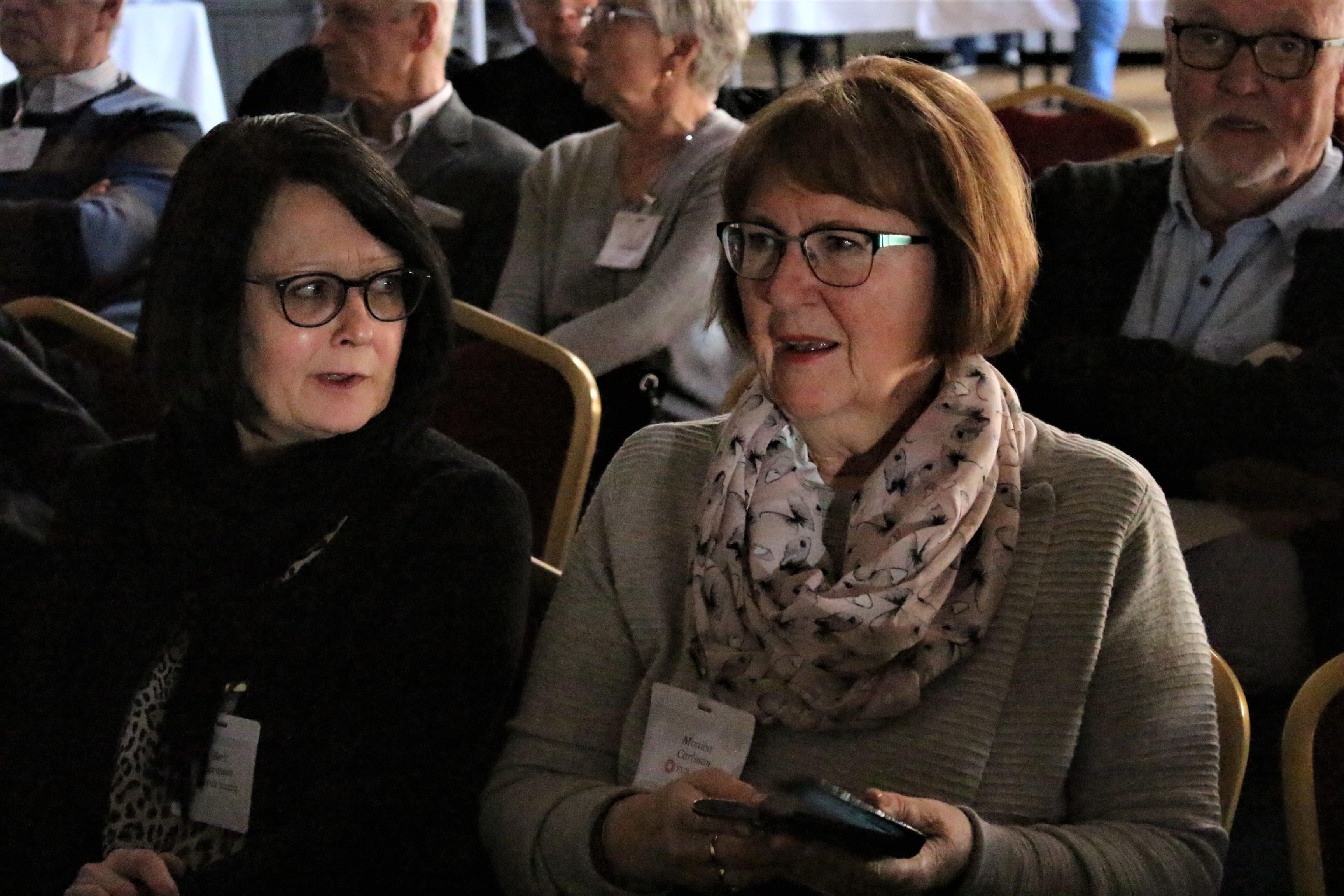 Berit och Monica på LSS dag i Skövde