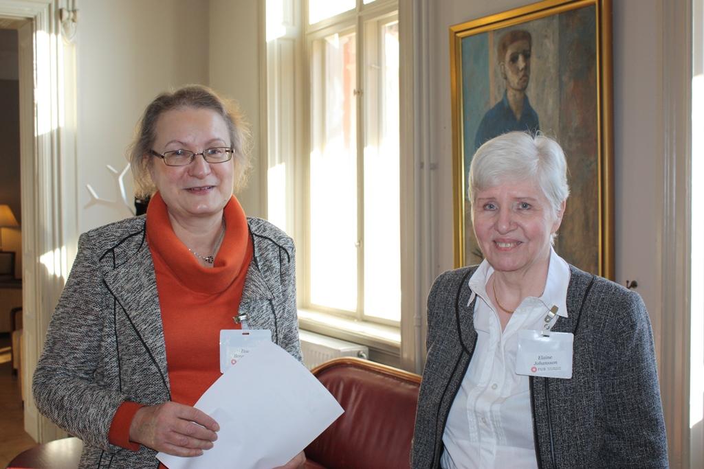 Eva Borgström, Riksförbundet FUB, och Elaine Johansson, FUB Västra Götalands ordförande.