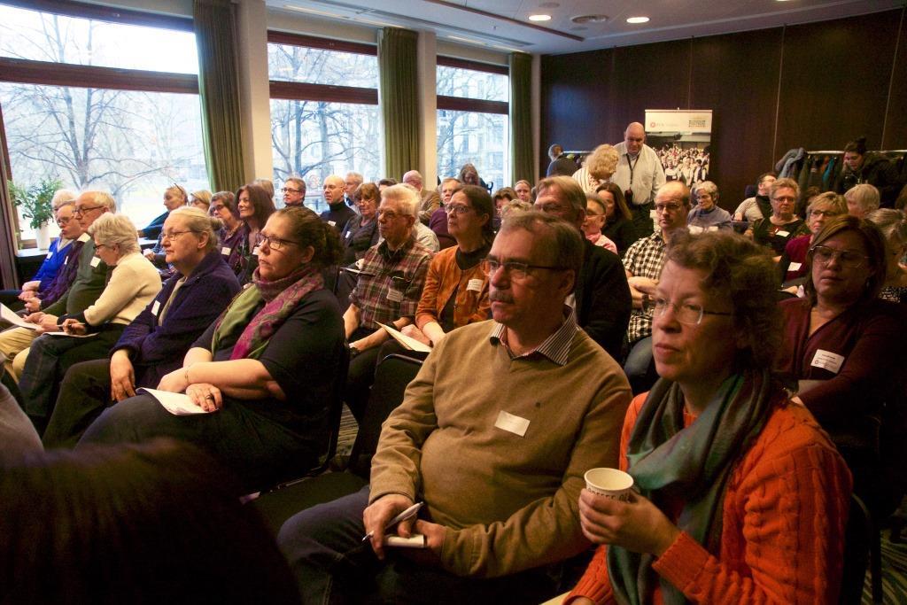 Hundra deltagare på FUB:s LSS-dag i Stockholm den 28 januari 2017. Foto Agneta Heins.