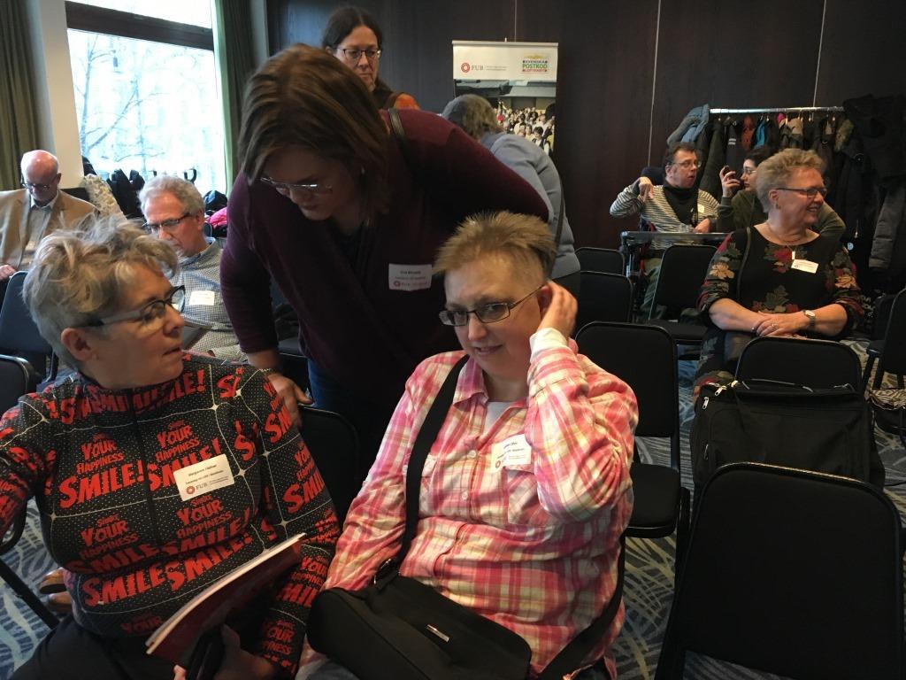 Deltagare i samtal på FUB:s LSS-dag i Stockholm den 28 januari 2017.