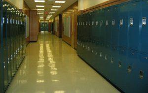 tom skolkorridor foto: Pixabay