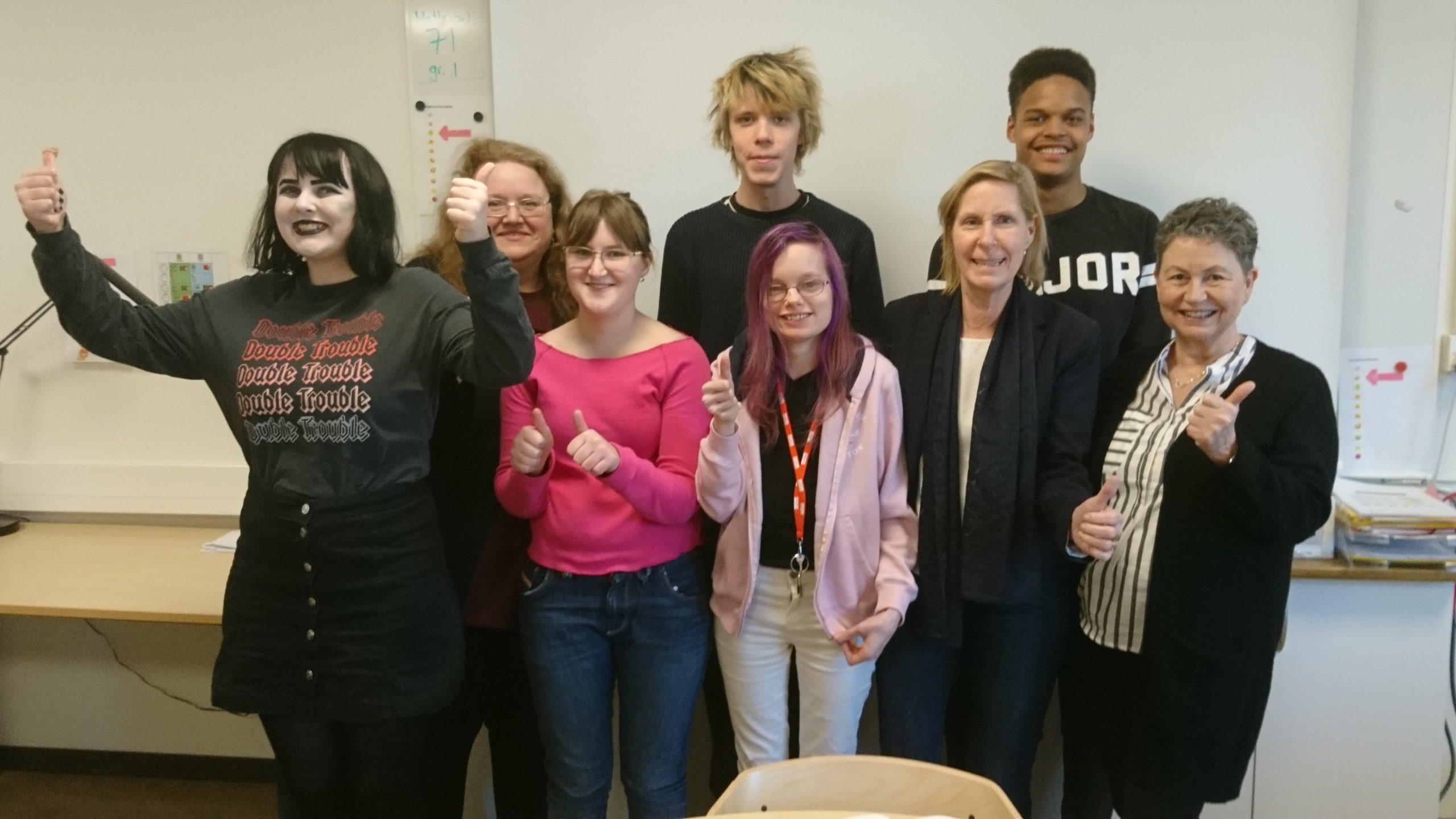 Elever och lärare på Högbergsskolan i Tierp
